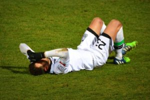 sports injuries can cause spinal injuries