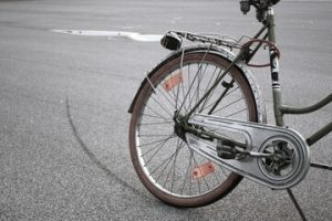 Van Nuys, CA - Bicyclist Killed in Hit-and-Run Crash at Haskell Avenue